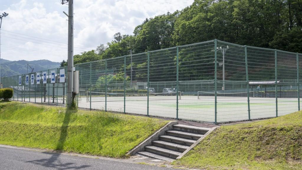 山内テニスコート