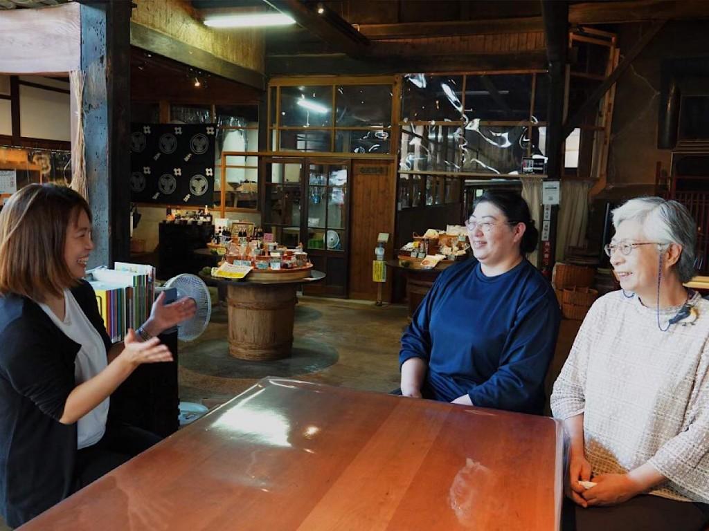湯沢で冊子原稿の執筆体験会「旅する編集者」 市内事業所をオンライン取材